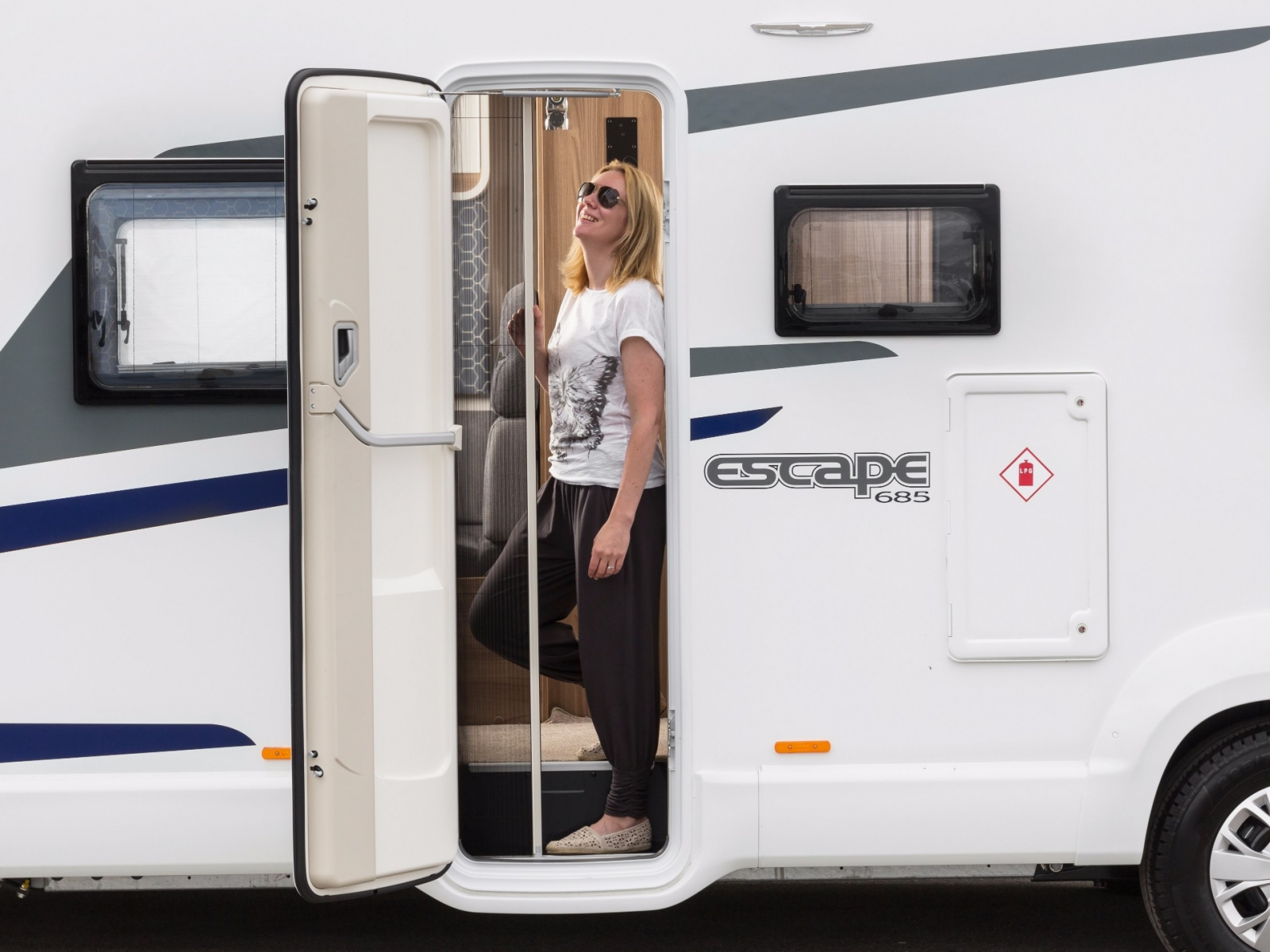 Swift Escape 614 image